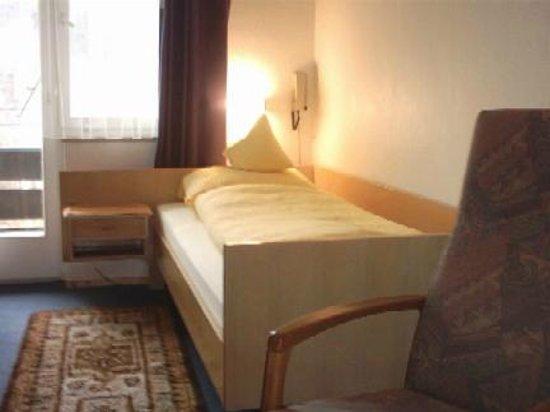 Christliches Nichtraucher-Hotel Garni Sonnenbring: Zimmer