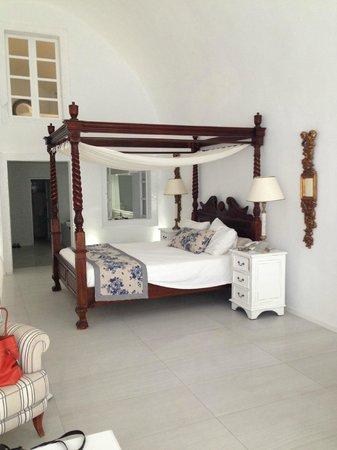 La Maltese Estate Villa: Main floor of suite, looking towards master bath from living area