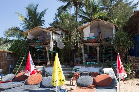 Tantra Beach Shack and Huts: tantra from the beach