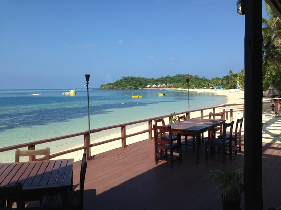 Mana Island Resort : South Beach restaurant