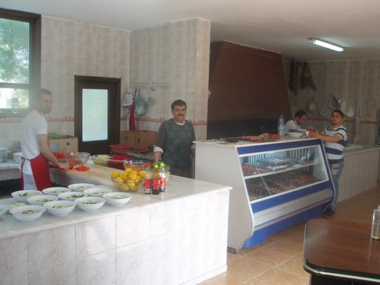 Nusaybin, Tyrkia: kebap ekibi