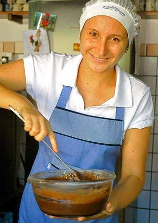 Pousada Quarto Crescente: Deliciosos bolos da Joana!