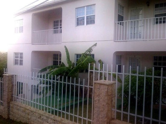 Caribbean Inn and Suites : Caribbean Inn & Suites, St. John's, Antigua