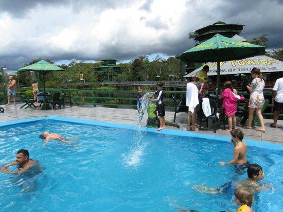 Ariau Amazon Towers Hotel: piscina do hotel
