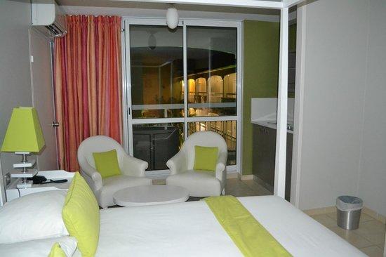 Hotel La Pagerie: Chambre vue piscine