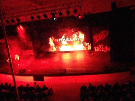 Royalton Punta Cana Resort & Casino: Theatre MJ show (Royalton)