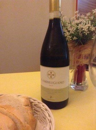 Secondo Tempo Ristorante: uno dei più buoni vini bianchi assaggiati nella mia vita