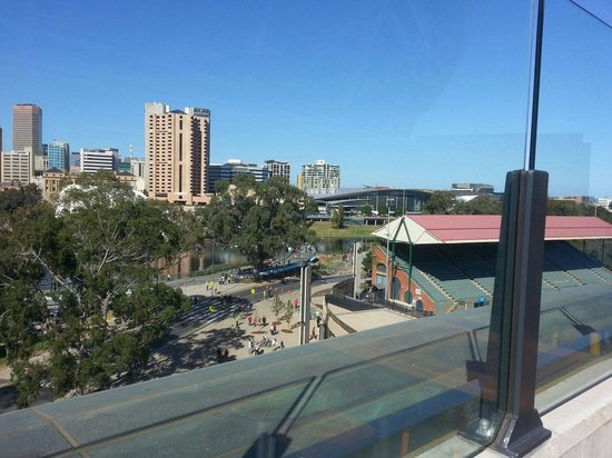 Adelaide Oval: Southern bar view