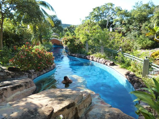 Hotel Canto das Aguas: Loved this pool!