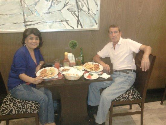 Hotel Regente City : Almorzando