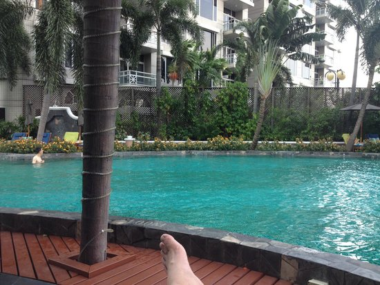 Conrad Bangkok Hotel : Pool area