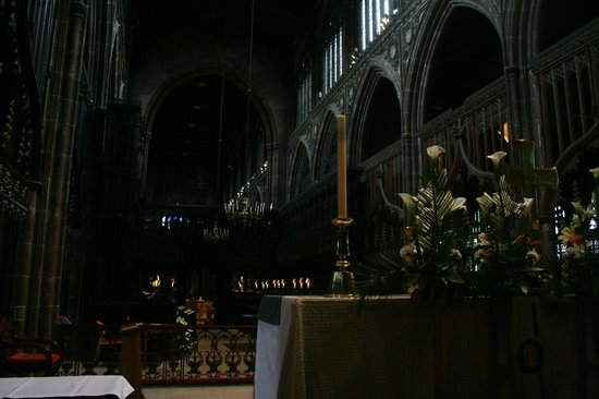 Manchester Cathedral: The Cathedral's altar