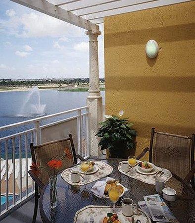 Marriott's Villas at Doral: Villa Balcony