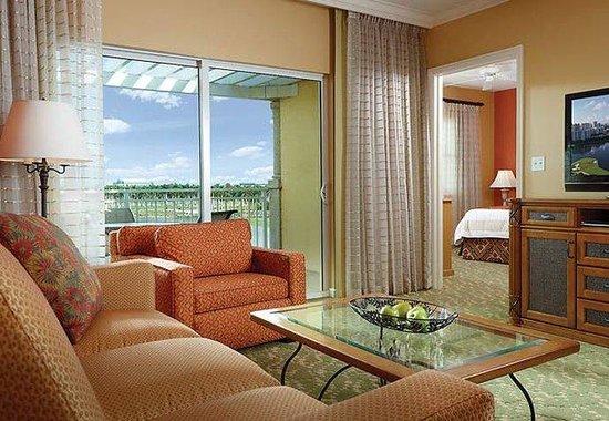Marriott's Villas at Doral: Villa Living Room