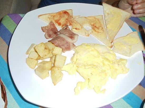 Traffic Inn: American Breakfast