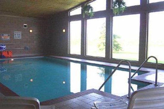 Days Inn Sheboygan/The Falls: Indoor Heated Pool