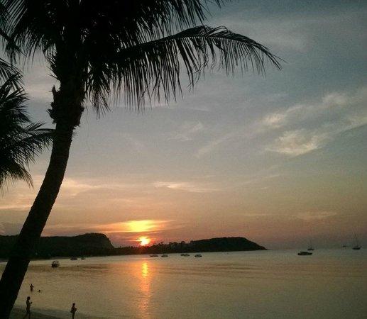 Secret Garden Beach Resort: Sunset