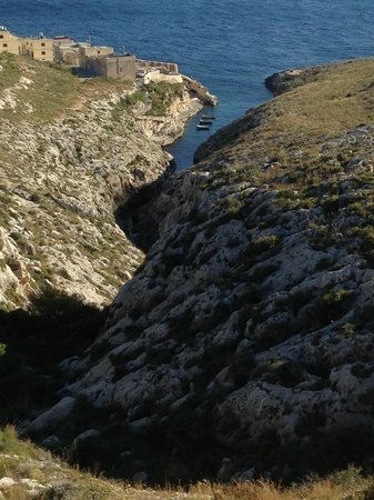 Qawra Point Holiday Complex : Overlooking Blue Grotto Creek