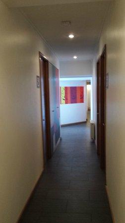 H Rado Hostel: Corredor