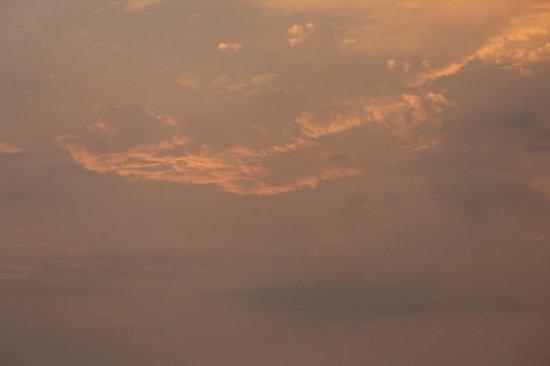 AVANI Sepang Goldcoast Resort: Beautiful sunsets