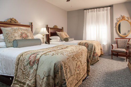 Margarita European Inn, an Ascend Hotel Collection Member: Two Double Beds