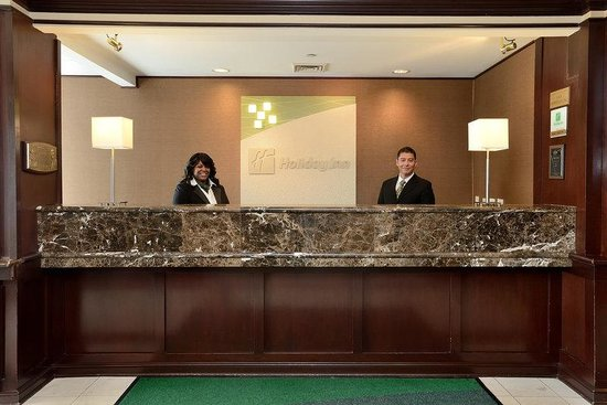 Holiday Inn Chicago Oakbrook: Holiday Inn reservations, Oakbrook Terrace, IL