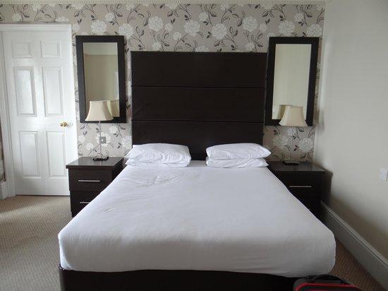 Queens Hotel: bedroom 201