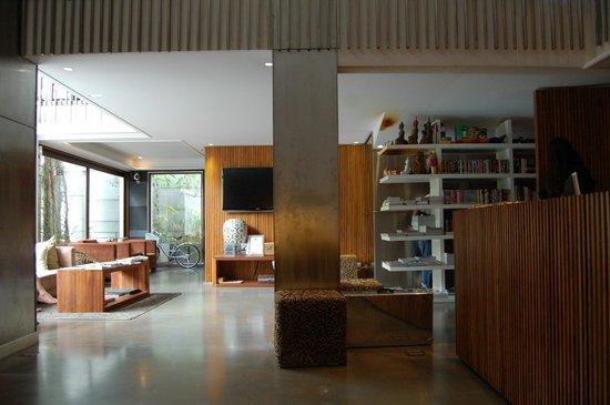 Luxx XL: the lobby