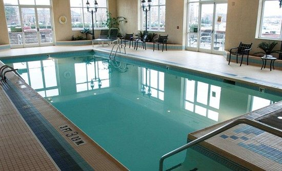 Holiday inn bowling green indoor swimming pool picture - University of louisville swimming pool ...