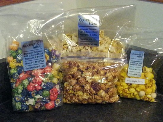 Gourmet Kernel: Popfetti, kettle corn, maple pecan, and pineapple bars are just a few of the different flavors o