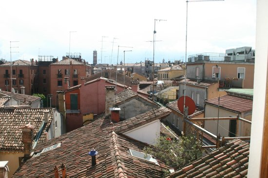 Hotel Antiche Figure: View out the bathroom door...love the rooftops!