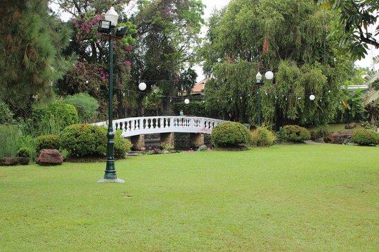Montebello Villa Hotel: GREAT LIL PLACE