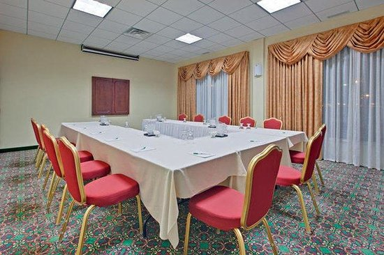 Holiday Inn Montreal Longueuil : Meeting Room
