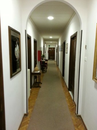 Hotel Bodoni: Hallway on the 4th floor