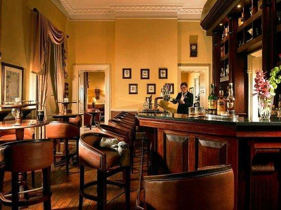 Faithlegg House Hotel & Golf Resort: Bar