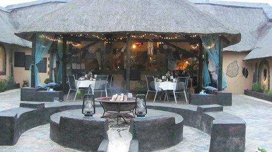 African Rock Lodge: Wonderful Patio