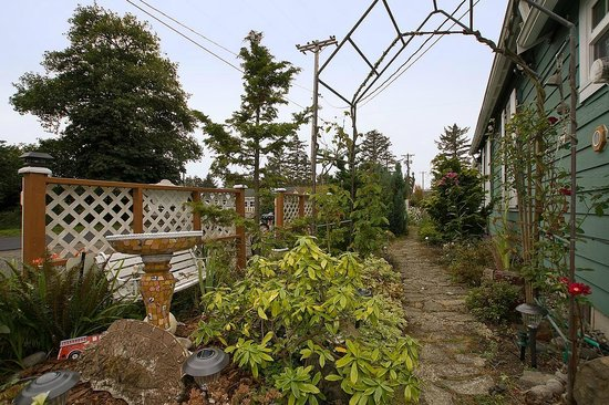 Enchanted Cottages: The Serendipity Path
