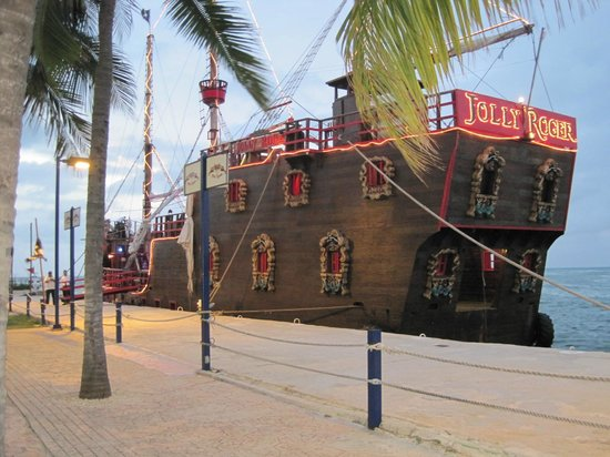 Gran Caribe Resort: bateau pirate jolly roger
