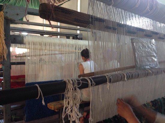 Ensemble Artisanal: Tessitura dei tappeti