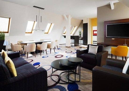 Sheraton Hannover Pelikan Hotel: Suite