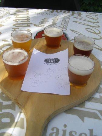 Dodson Street Beer Garden: Beer samples