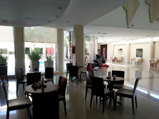 Quorum Cordoba Hotel: Lobby