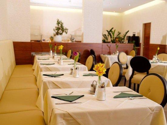 Hotel Drei Raben: Dining