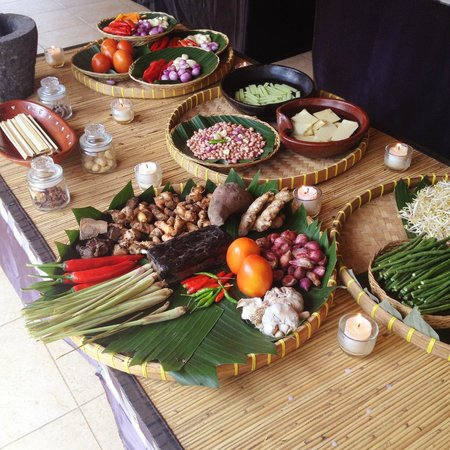 Lobong Culinary Experience: Ingredients
