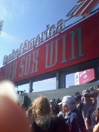 Fenway Park : Red Sox Win