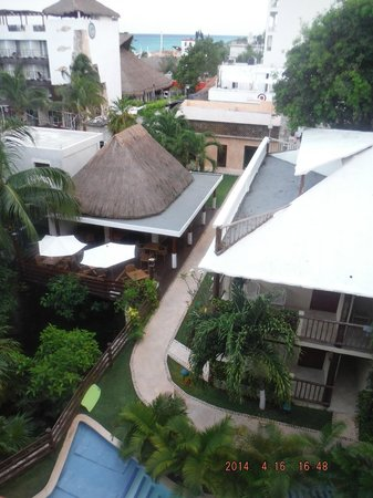 Hotel Posada Sian Ka'an: View from our room