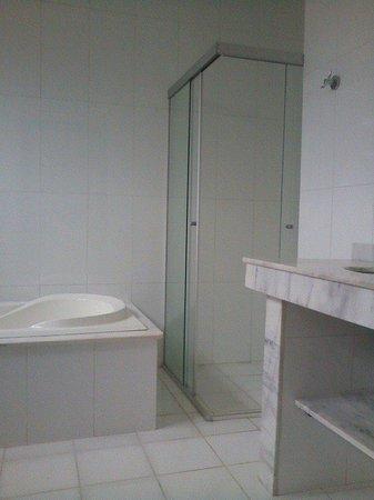 Pousada Ramalhete: depois de um dia de passeios por Tiradentes um bom banho de banheira