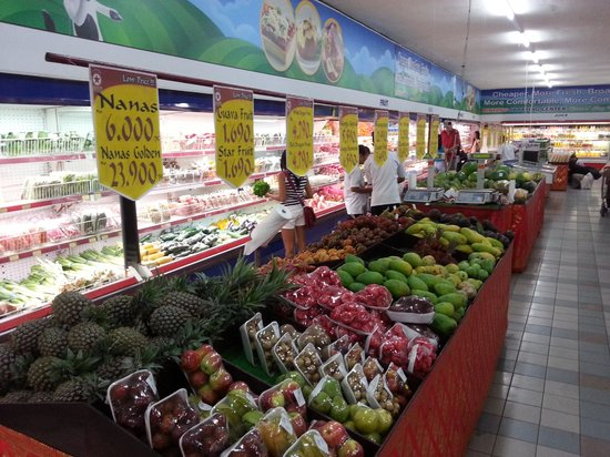 Fruit & Veg - Picture of Bintang Supermarket Seminyak ...