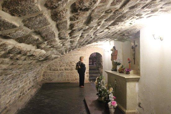 Catedral del Cuzco o Catedral Basílica de la Virgen de la Asunción: Cripta