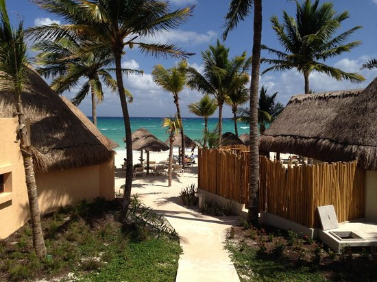 Mahekal Beach Resort: Beach view from our Palapa